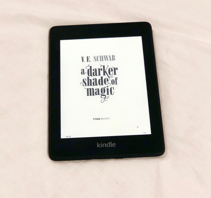 My Love/Hate Relationship with E-Books